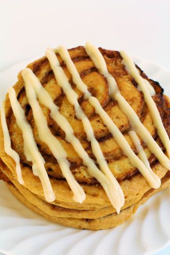 Pumpkin Cinnamon Roll Pancakes | Recipes - Desserts | Pinterest