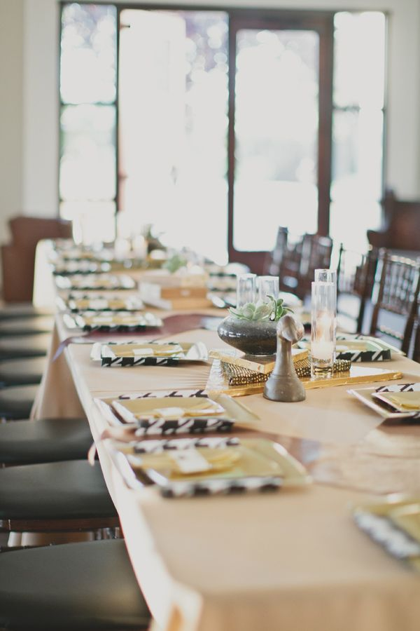 black gold tablescapes