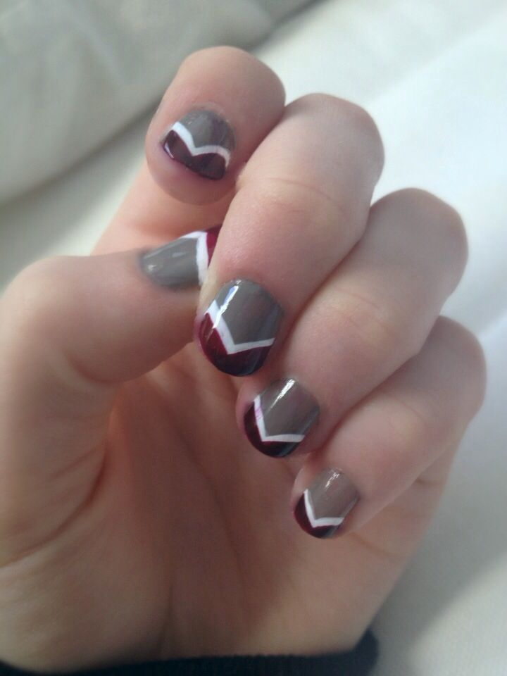 Colorful Maroon And White Nails Model - Nail Art Ideas - morihati.com