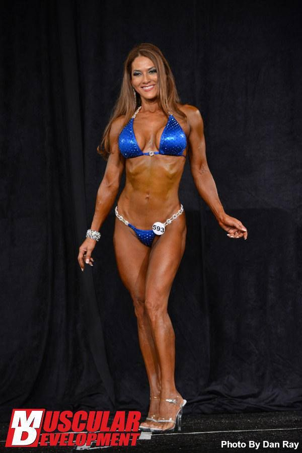 This is Mary Dent, age 53! She just won her 1st pro card. Unbelievable ...