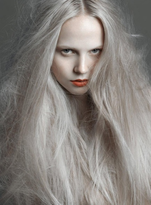 Pale Blonde Hair 90