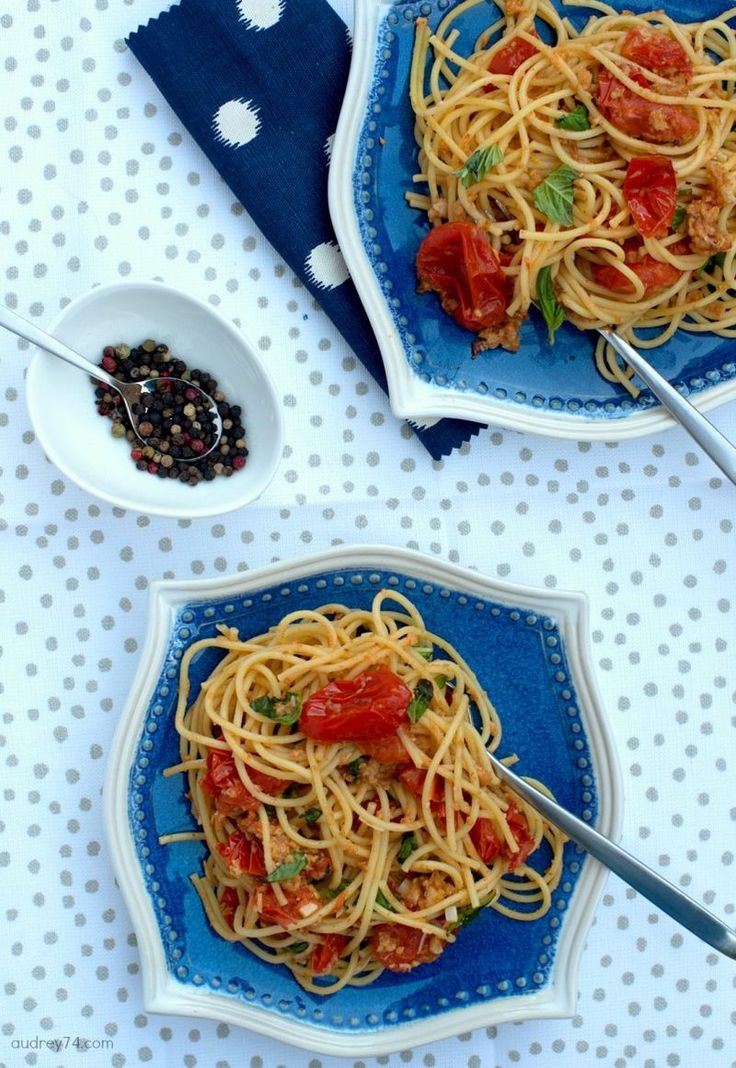 pasta with baked tomato sauce #cookingforeveryone #pasta