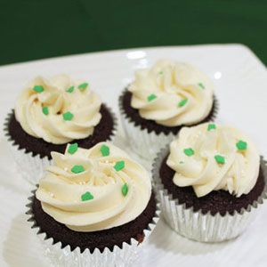 Chocolate Stout Cupcakes With Whiskey Ganache and Irish Cream Frosting ...