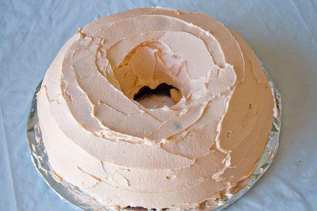 Pumpkin Bundt Cake with Pumpkin Buttercream Frosting