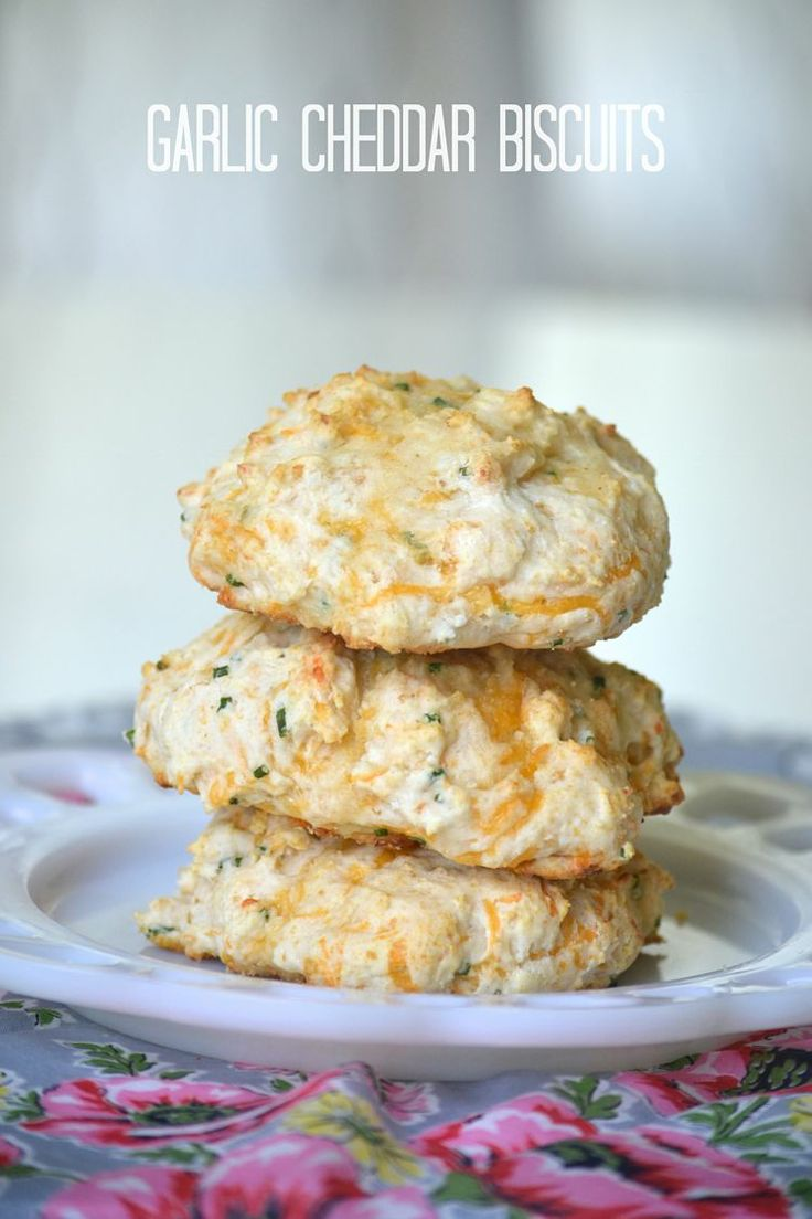 Garlic Cheddar Biscuits (use homemade biscuit mix)