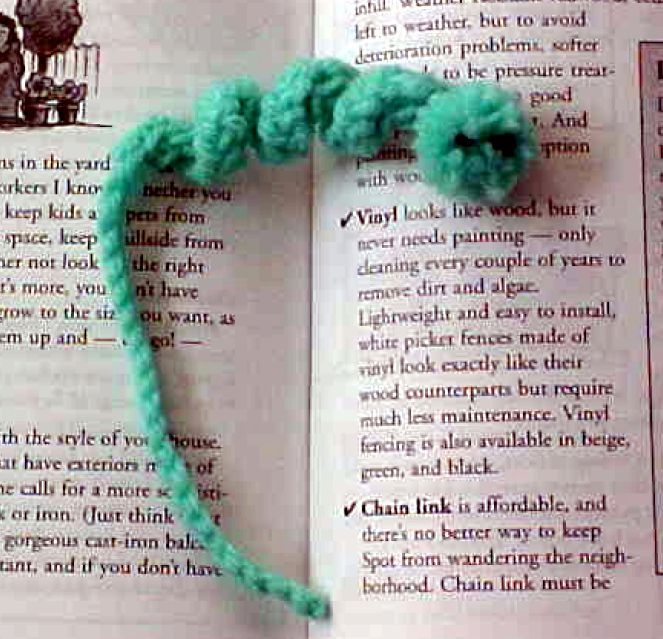 Knit Stitch Bookmark : Bookworm Bookmark - - Knit ePattern
