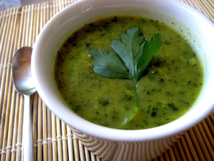 Zucchini and kale spicy soup | Things to cook | Pinterest