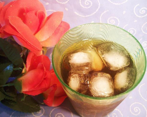 Apple Spiced Honey Iced Tea. Photo by Sharon123 (With fresh apple ...
