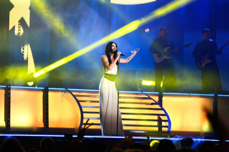 conchita wurst eurovision 2015 green room