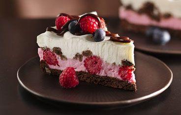 Chocolate and berries yogurt dessert | Pies | Pinterest