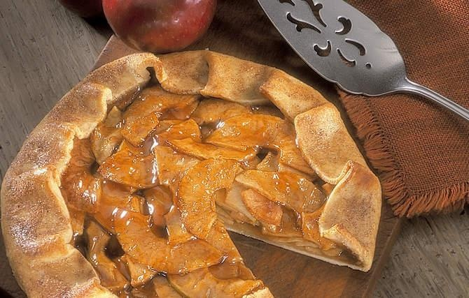 ... tart it took grandma only mintues to assemble her free form apple pie