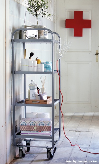 Lovely Medicine Locker by House Doctor @ wwww.gosto-webshop.nl.