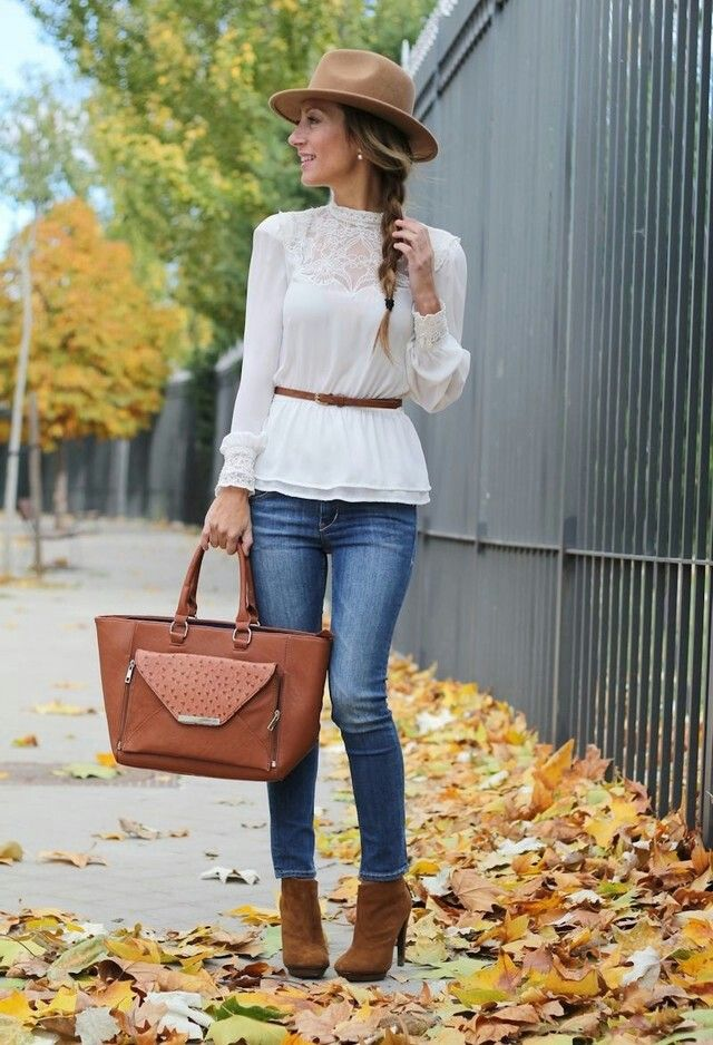 beautiful dress with pretty  brown hand bag