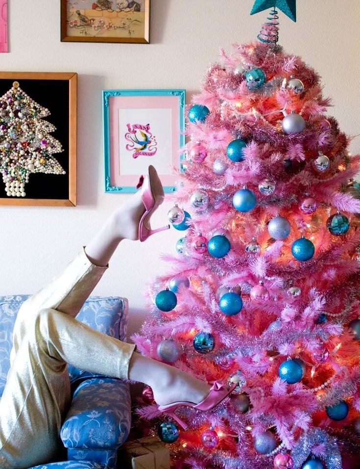 Christmas Tree Decorations Pink And Blue : Pink christmas tree merry kitschmas