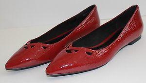 EUC Ann Taylor Loft Shoes Size 5M Red Flats