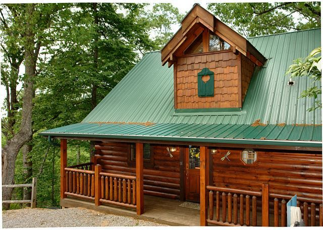 Acorn Cabin Rentals Cabins In Pigeon Forge Smoky Mountain