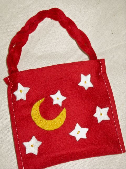 Felt favor bags projects to try pinterest