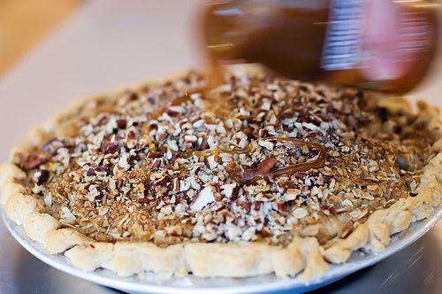 Scrumptious Apple Pie | The Pioneer Woman Cooks | Ree Drummond just ...