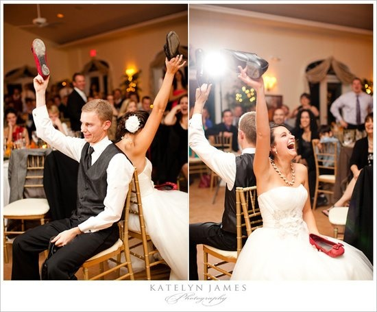 Who's seen the shoe game played at a Wedding? http://www.rebekahhoyt