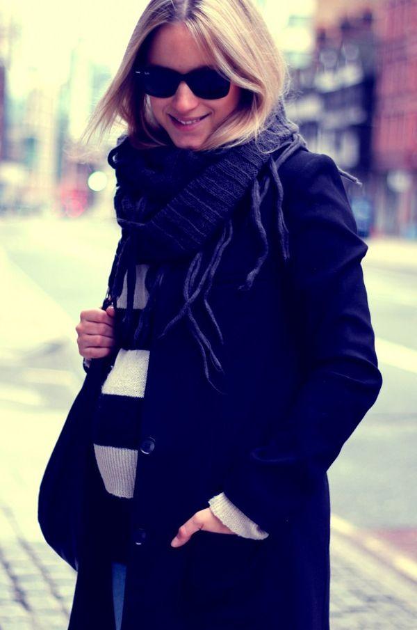 women pregnant fashion styles