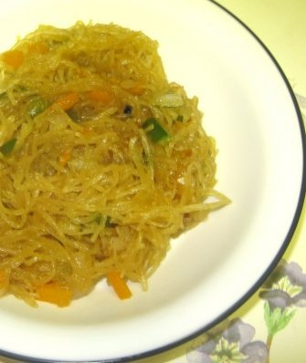 fried spaghetti squash -- I made this with handfuls of torn kale and ...