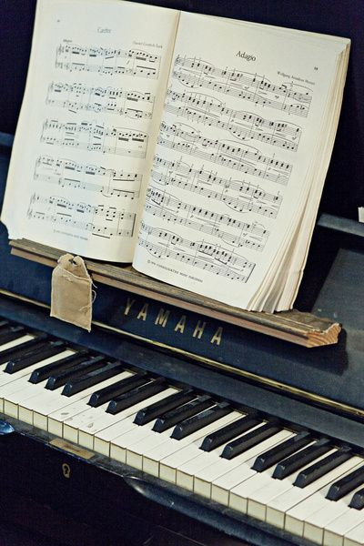 I have a love for pianos, and this happens to be one of my favorite piano pieces - makes me feel happy.