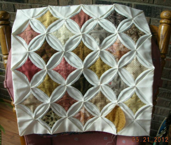 Cathedral windows quilt quilts pinterest for Window quilt