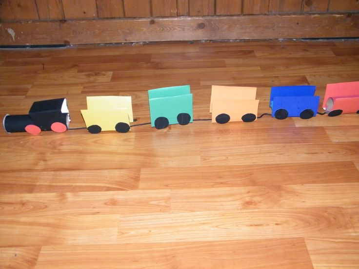 Toliet paper tube train toliet roll crafts pinterest for How to make a paper car that rolls