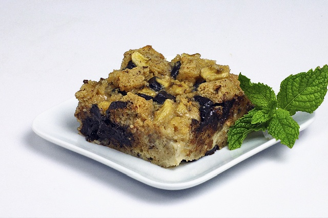 Easy Chocolate Banana Bread Pudding | Desserts | Pinterest