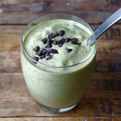 Mint Chocolate Green Protein Smoothie | Gluten Free Yumminess | Pinte ...