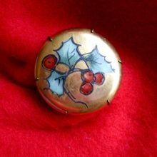 Vintage Hand Painted Porcelain Holly Pin