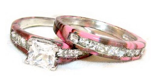 camouflage pink wedding set...