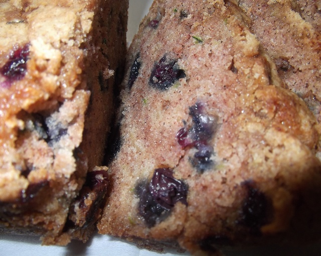 Blueberry Zucchini Bread | food | Pinterest