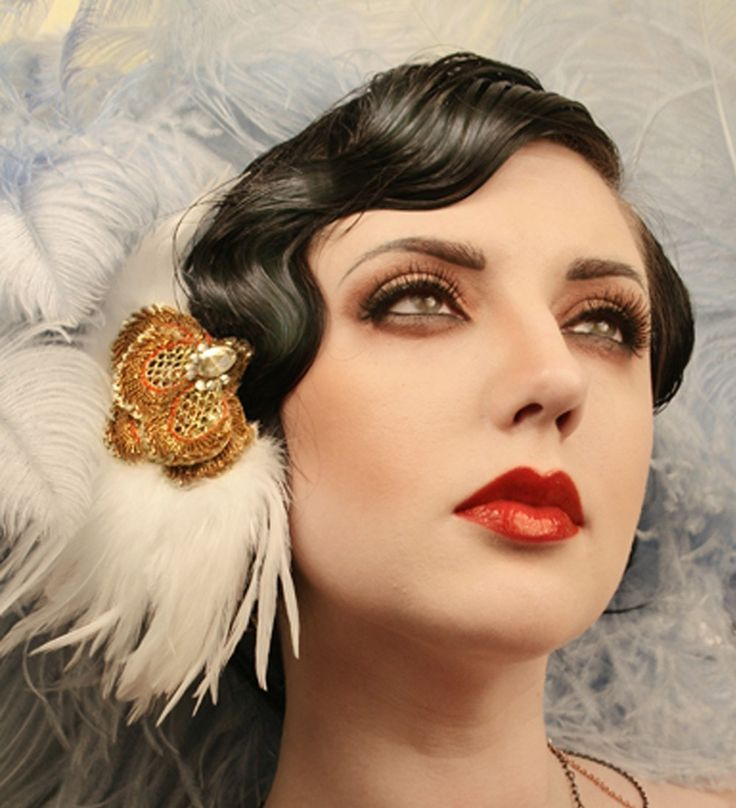 great gatsby flapper girl 1920s makeup p e r i o d m a