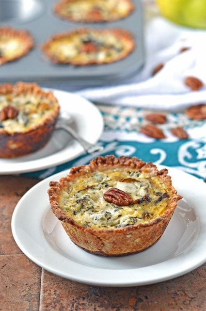 Healthy #Recipe / Mini Quiches with Caramelized Pears and Gorgonzola