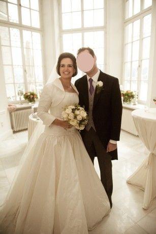 Rosa Clara Traumkleid http://www.wunsch-brautkleid.de/Hochzeitskleid ...