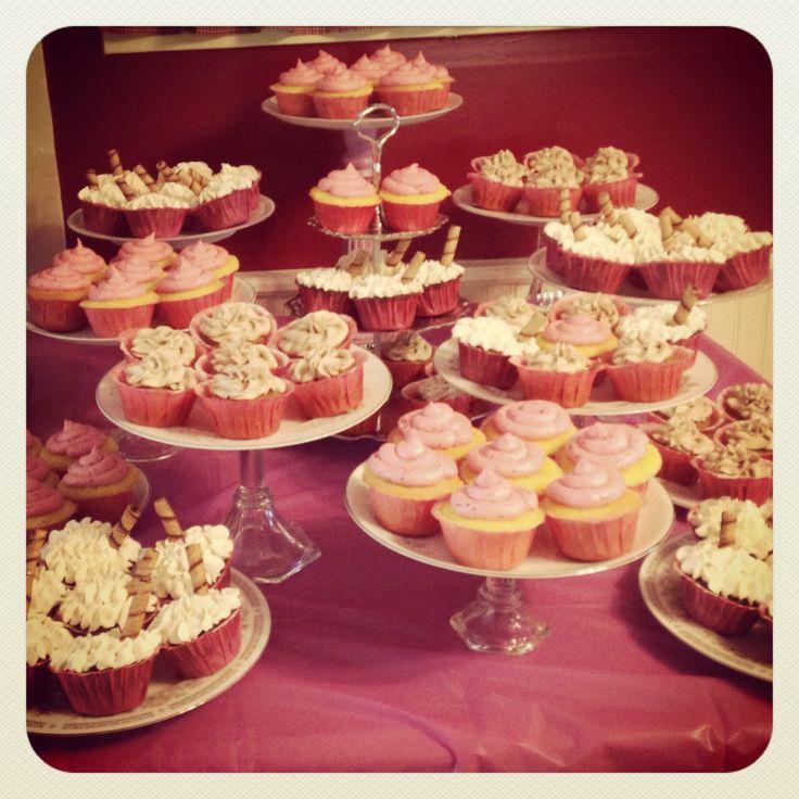 Raspberry lemonade, cafe mocha, and maple pumpkin cupcakes