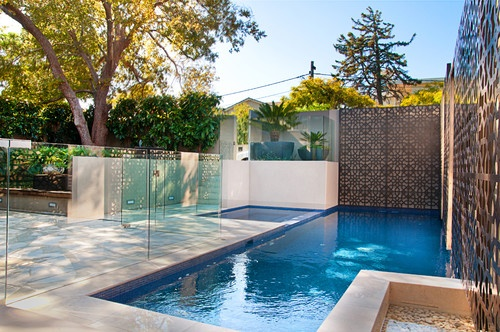 Pool privacy screen garden pinterest for Pool privacy screen