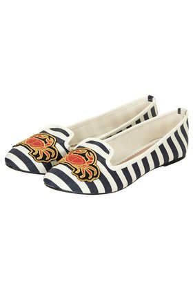 SHIPS AHOY Slippers $35