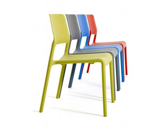 10 Easy Pieces Colorful Outdoor Dining Chairs by