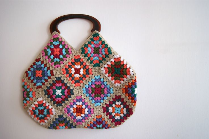 Crochet Granny Square Purse : Beige Crochet granny square bag