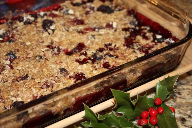 Triple Berry Crisp | food | Pinterest