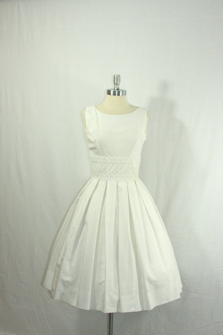 1950 39 s vintage wedding dress wonderful white sleeveless for Full skirt wedding dress