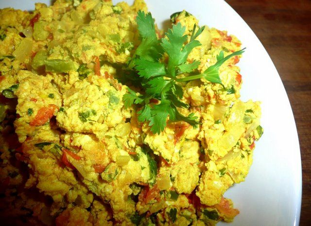 Spicy Scrambled Eggs | Nutritious Endeavors | Pinterest