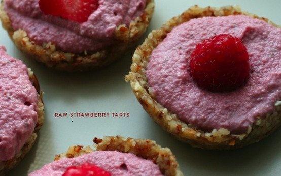 raw strawberry tarts | Strawberry Season | Pinterest
