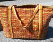 How-Tuesday: How to Make Plarn & Crochet an Eco-Friendly Tote Bag