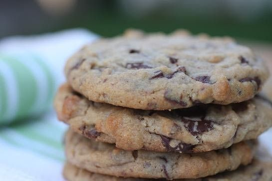 Chocolate Chunk Peanut Butter Cookies | Cookies, Bars and Bites | Pin ...
