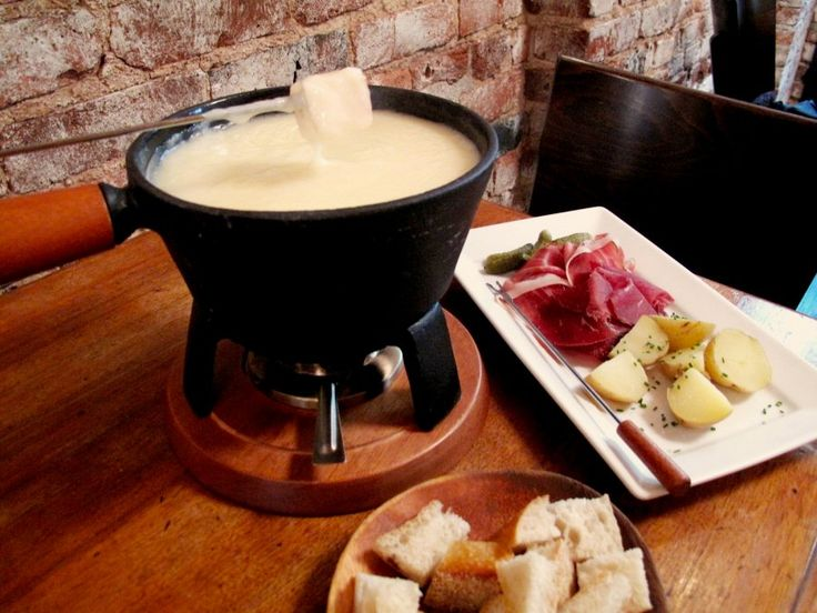 Swiss Cheese Fondue | Looks Appetizing | Pinterest