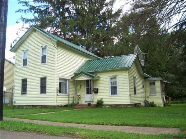 Best Green Roof Blue Shutters House Remodel Pinterest 400 x 300