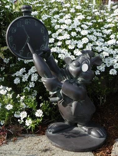 Disney Alice In Wonderland White Rabbit Garden Statue